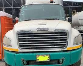 Ocasión - Camión rígido en chasis Freightliner M2 106 6x4 - 2011 - PIURA