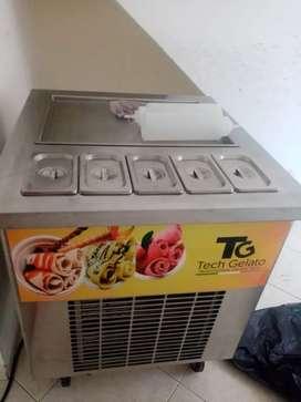 Se vende maquina para helados en rollo (helados fritos)