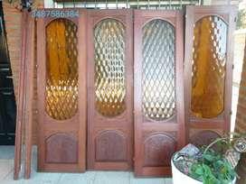 Puerta de cedro de 4 hojas(interesados mandar Wasap ,es una vergüenza pago el anuncio destacado y no puedo responder pre