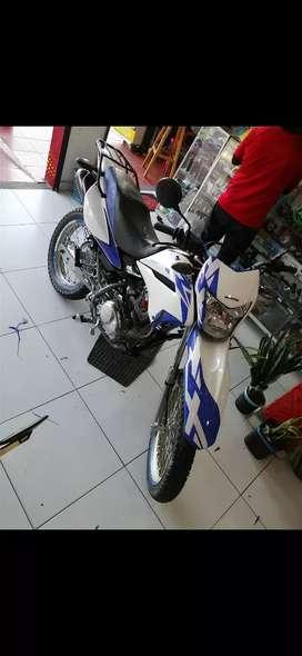 Honda XR 125 papeles al día