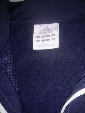 Vendo chaqueta adidas original de la seleccion colombia