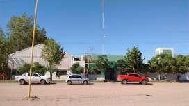 Alquilo Base con oficinas en Rincón de los Sauces.