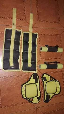 Vendo kit de tobillera.mancuerdas y guantes con peso