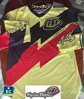 Busos de competencia marca Troy Lee donwhill motocross talla M