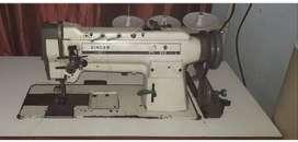 Maquina dos agujas