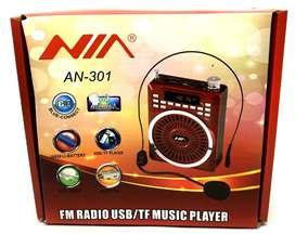 Amplificador Nia portable con microfono para conferencias
