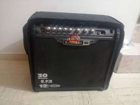 Amplificador de guitarra 30w