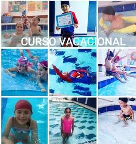Curso vacacional de natación personalizado