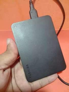 Disco duro externo Toshiba de 1 TB al 100 % en exelente Estado