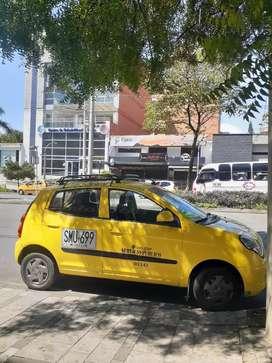 Vendo taxi amarillo de taxi super