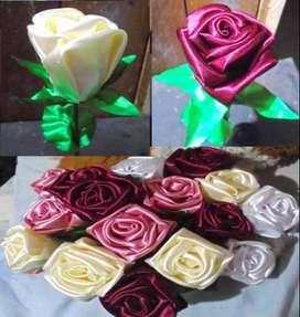 Rosas en Tela Satin