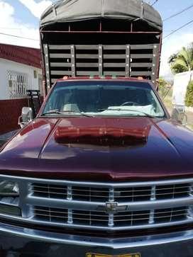 Camioneta Chevrolet muy buen estado