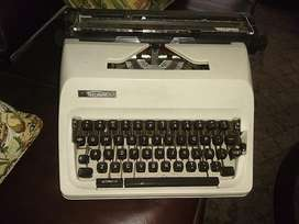 Máquina de Escribir Triumph