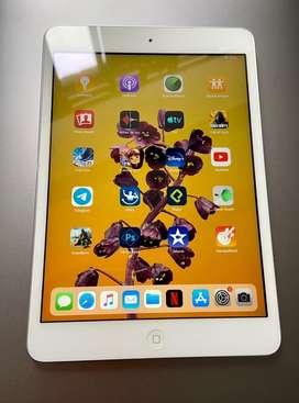 iPad Mini 2 Blanco Plata 10/10 intacta