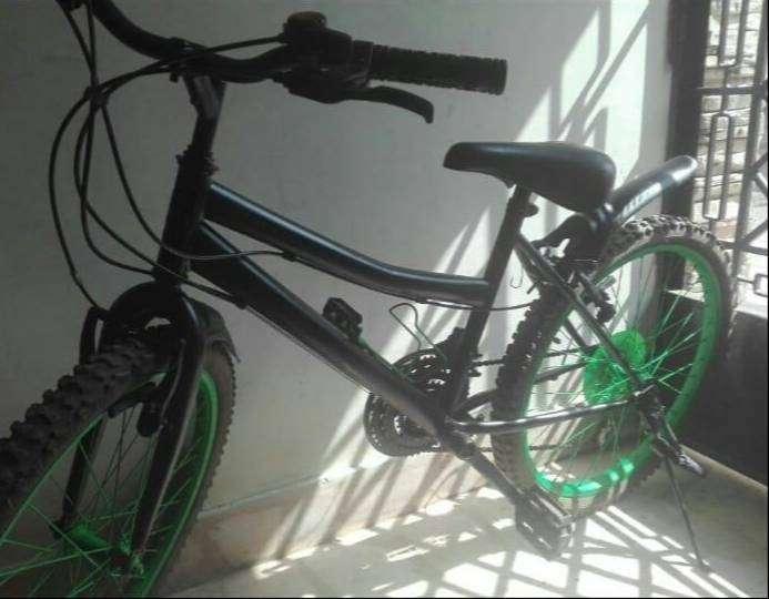 Bicicleta goliat 0