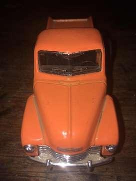 Camioneta de coleccion chevrolet 3100