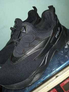 Vendo Zapatillas fila negras