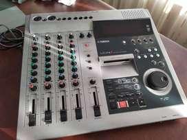 Multitrack recorder Yamaha MD4