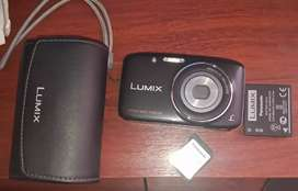 Camara digital Panasonic Lumix DMC-S2