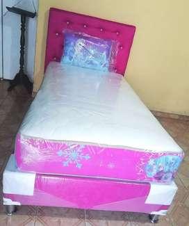 Colchón de 100x190 más base y almohadas