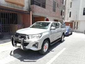 Toyota Hilux SRV  2019 4x4  3,200 km
