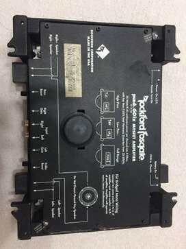 Potencia Rockford Fosgate - No tengo las tapas