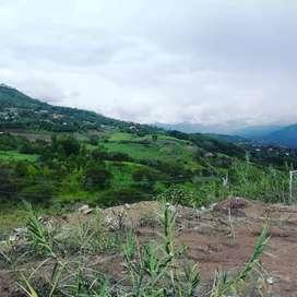 Barato Terreno en Venta en Yunguilla, a 2 cuadras de la vía principal