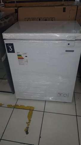Congelador Electrolux EFC15A2HPWB de 150 litros - Blanco