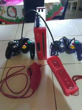 Nintendo Wii + 2 controles y más de 30 juegos incluidos