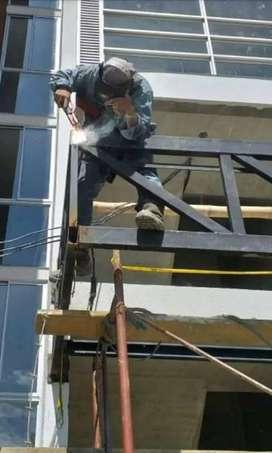 Se hacen toda clase de trabajos con SOLDADURA.. estructuras metálicas etc.trabajo 100 % garantizado..