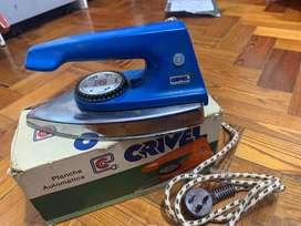 Plancha automática Crivel en funcionamiento