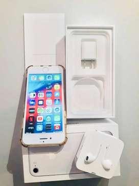 iPhone 7 32 GB excelente!!! Auriculares y cargador sin uso, en caja