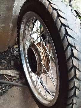 Rueda de moto cross trasera rodado 18