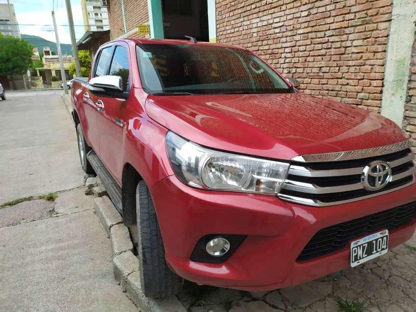 Toyota Hilux 2.8 cd SRV PACK 4x2 0