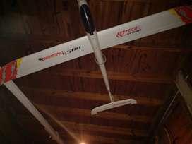 Excelente avión aeromodelismo eléctrico 2,5 m de envergadura