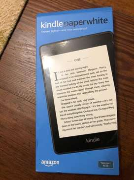 Amazon Kindle Vendo Paperwhite 10 Gen. 8 G Waterproof Con Luz