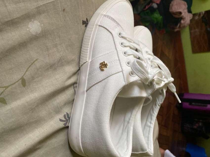 Vendo zapatillas Lauren Ralph talla 39 mujer 0