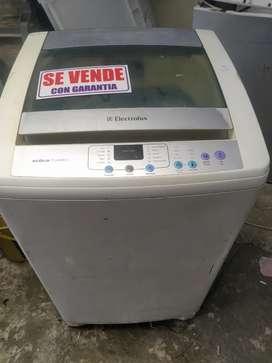 Hermosa lavadora electrolux aqua turbo