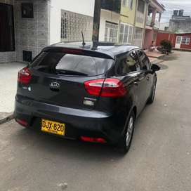 Se vende Kia Rio spice ub ex hatch back