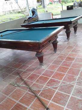 Dos Mesas de billar De pool y tres bandas