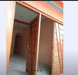 REMATO CASA DE 3 PISOS. en la ciudad de Iquitos listo para alquileres de CUARTOS y/o HOSPEDAJE. Dueño directo