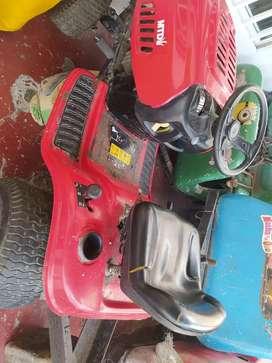 Tractor de cortar cesped