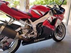 Vendo Yamaha R1 año 2001 Excelente