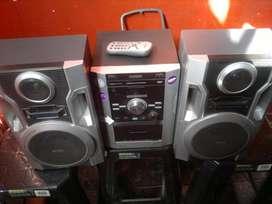 EQUIPO AUDIO PHILLIPS MOD FWM 185 , CONTROL MP3 USB, LIQUIDO