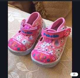 Zapatos para niña talla 19