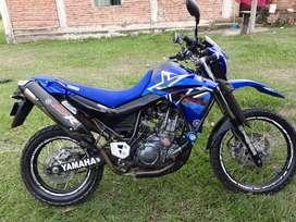 Vendo Yamaha XT 660 R