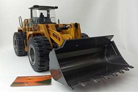 Huina toys 583 FULL METAL cargador frontal cat control remoto