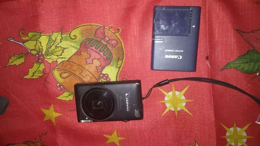 Canon ELPH 300 HS 0