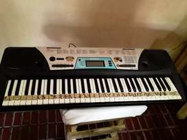 Vendo Piano Yamaha.