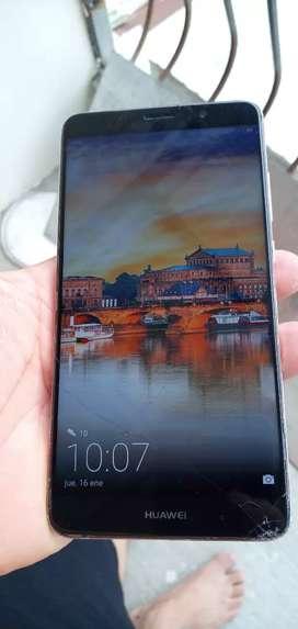 Huawei. Mate 9 leica de 64 gigas con detalle